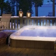 9 Tips for Enjoying Your Hot Tub in Winter
